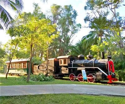 Hainan Tianya Haijiao Track Sightseeing Train