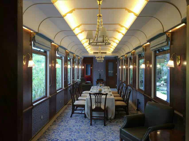 <b>Sightseeing train theme restaurant</b>